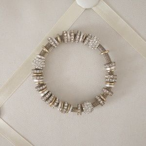 Beautiful stretchy metal bracelet with beads
